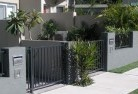 Apoinga Front yard fencing 10